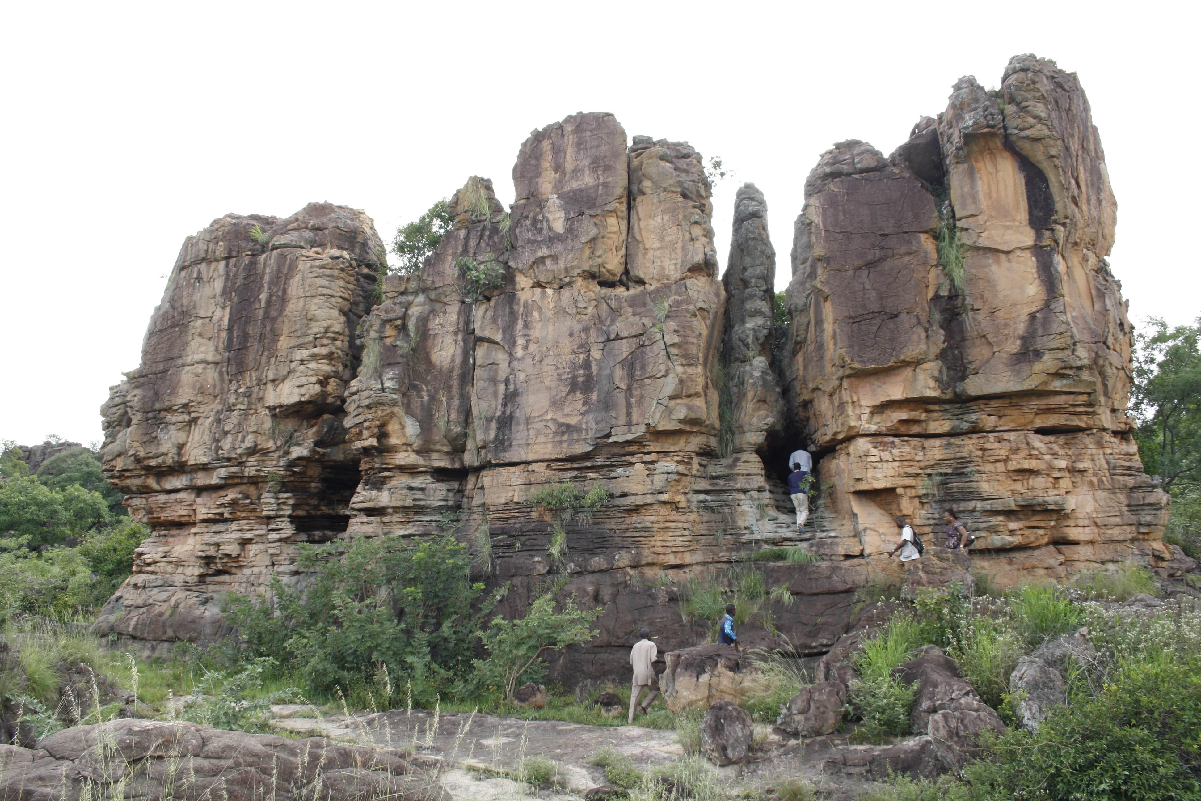 Caverns of Douna